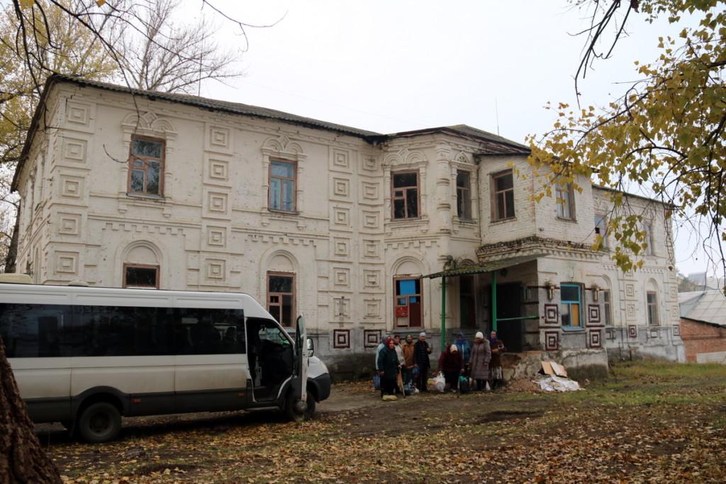 Ремонтно-восстановительные работы на территории бывшего Николо-Тихвинского Пятницкого женского монастыря